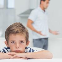بدهی های مالی والدین و تاثیر مخرب آن بر کودکان