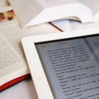 آیا کتاب های الکترونیکی تهدیدی برای کتب های چاپی هستند؟