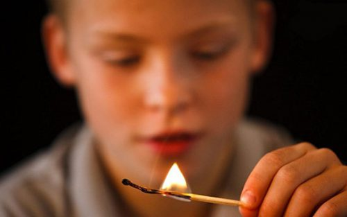 جنون آتش افروزی چیست